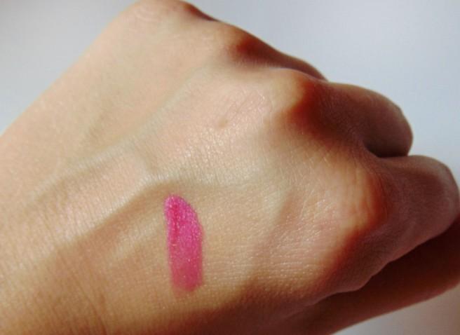 Ultra Glazewear Lip Gloss by AVON (review)