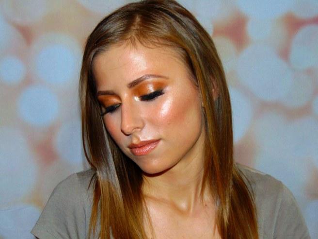 Trendy Glow Makeup